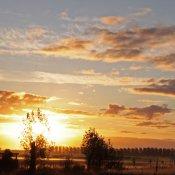 zonsopgang bij golfbaan Reghthuis in Winkel